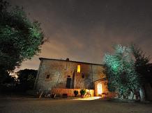 Agriturismo Toscana : CASA DEI GIRASOLI(San Gimignano)